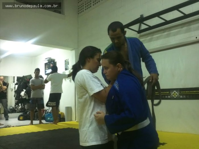 Notícias - Turma de jiu-jitsu  exclusivamente feminina