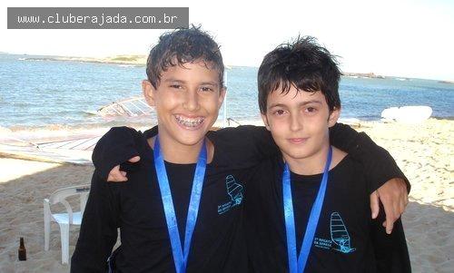 Notícias - Mateus Isaac vence  o mundial para velejadores com menos de 20 anos na Itália